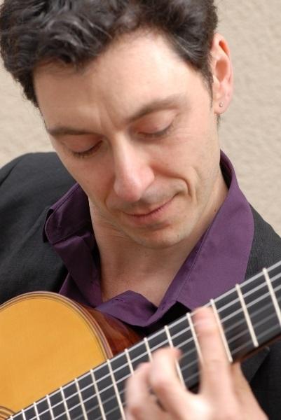 A Palazzo Chigi Saracini storia della chitarra