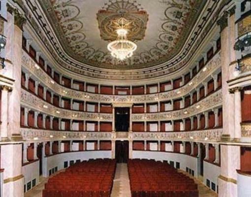 rinnòvati rinnovati teatro