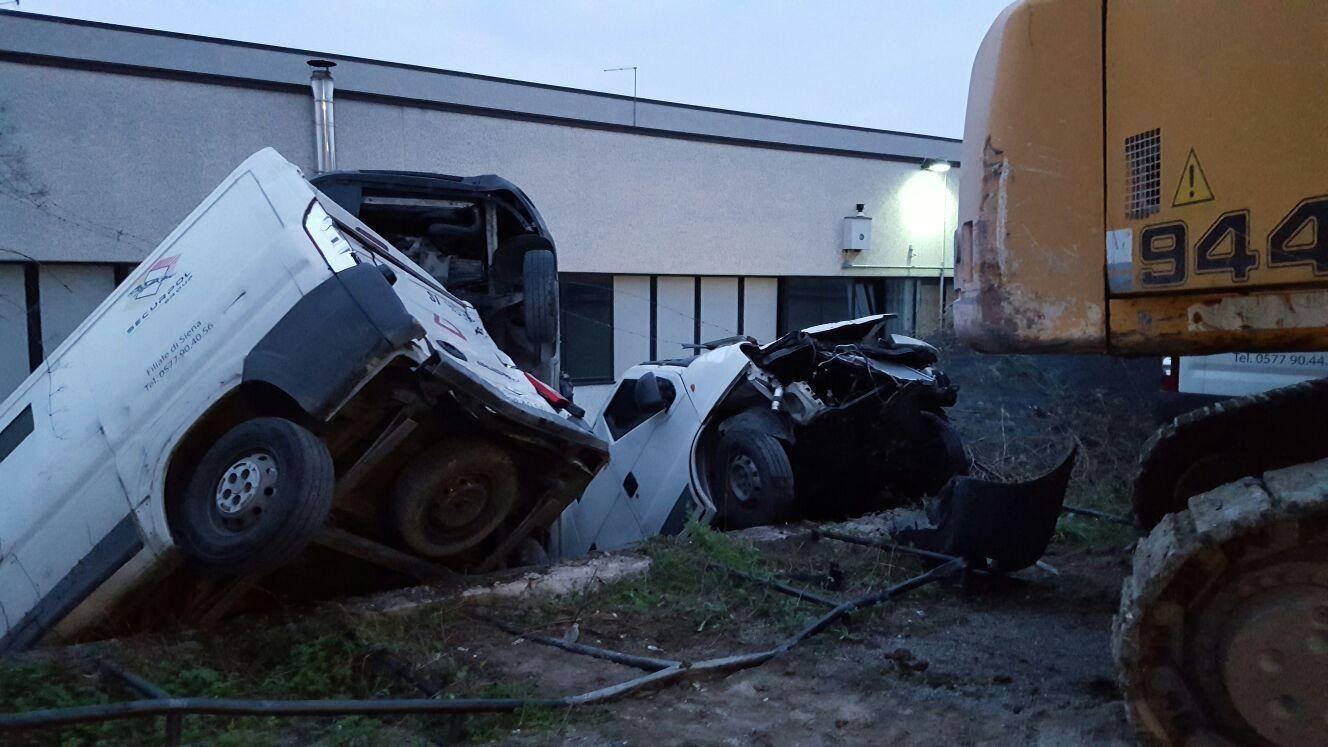 Assalto alla Securpol, ritrovate quattro auto del commando