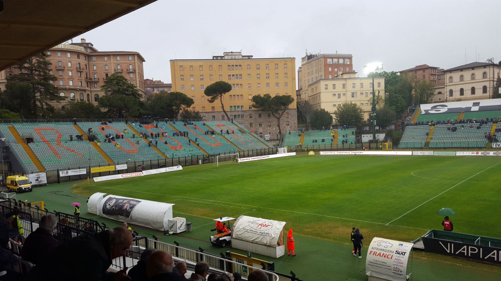 Robur Siena-Savona 0-0 in uno stadio deserto