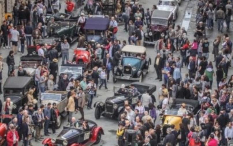 Siena tiene lontano le auto della Coppa della Perugina