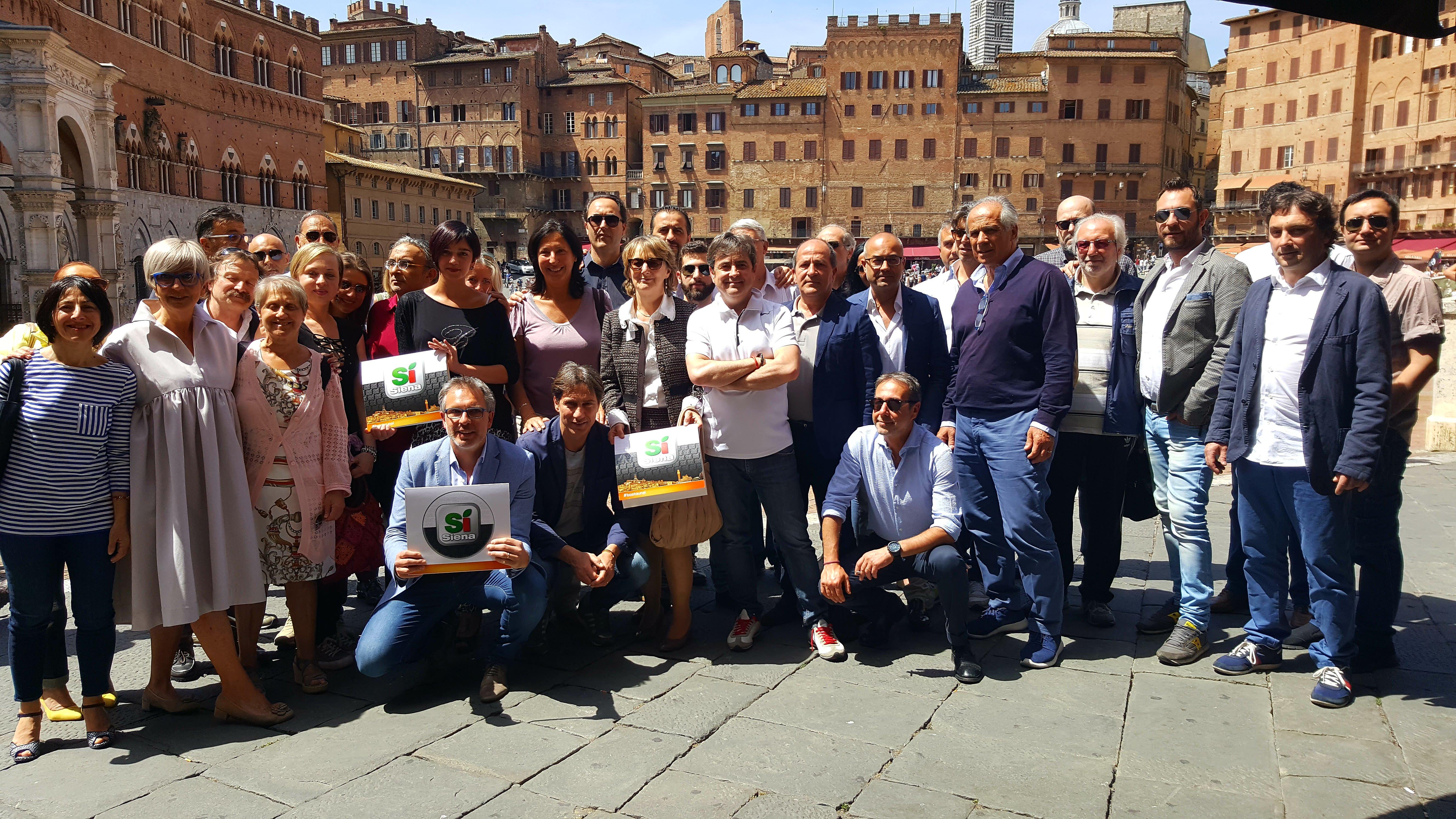 Scaramelli presenta i suoi 25 coordinatori per il Sì