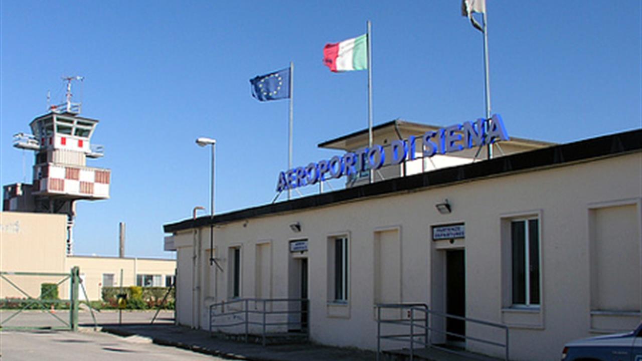 Liquidazione Aeroporto di Siena, accettato accordo, Galaxy paga 1,6 milioni di euro