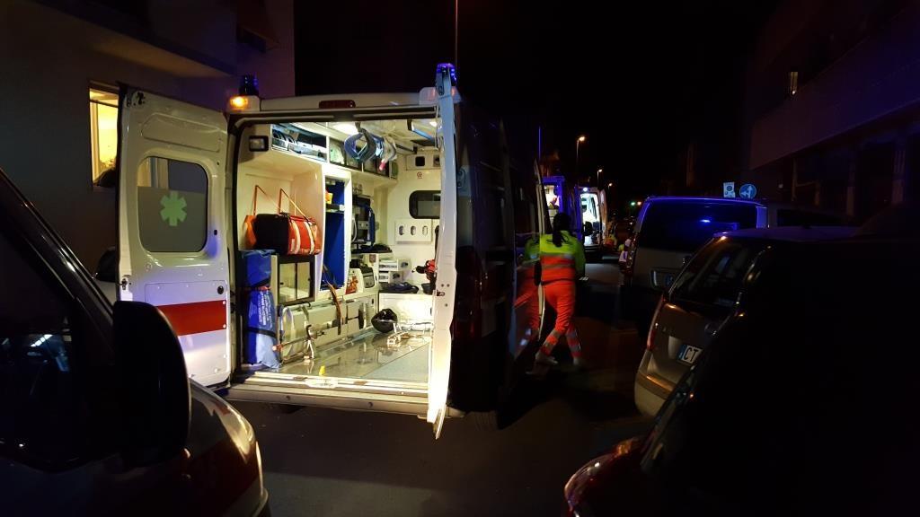 Incidente nella notte a Sinalunga: feriti un uomo ed una donna