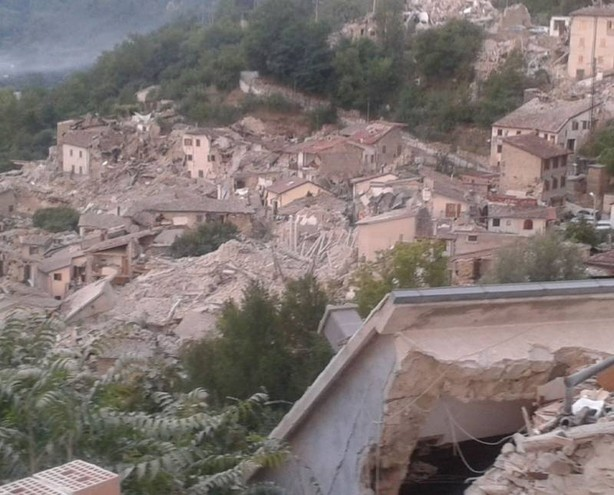 """Terremoto, Cucini (Pubblica Assistenza): """"Ancora in piena emergenza, situazione grave, non è il momento delle raccolte di materiale"""""""