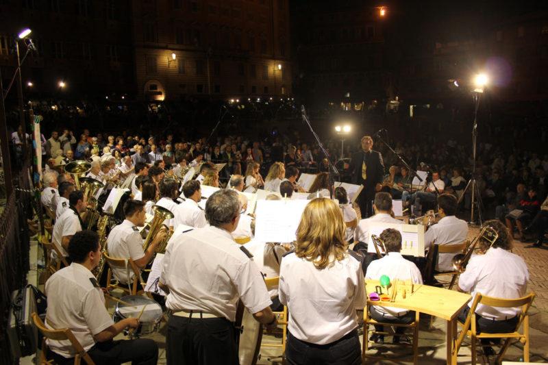 Domani 14 agosto il concerto in piazza del Campo della Banda Città del Palio