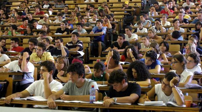 Test di ammissione ai corsi a numero programmato dell'Università di Siena,al via il 3 settembre con la prova per Medicina e Chirurgia