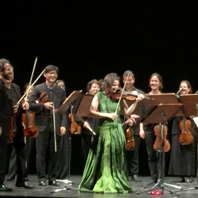 Applausi alla violinista Patricia Kopatchinskaja, alla prima di Micat in Vertice