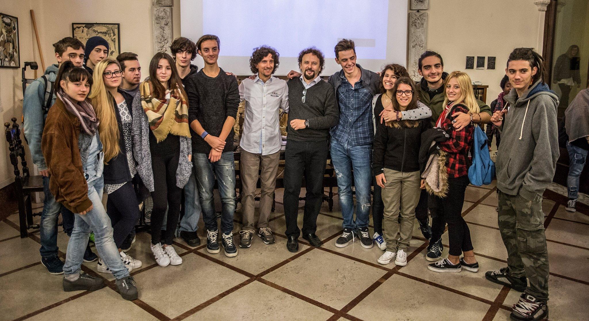 Sabato e domenica Liceo Artistico aperto per la mostra dell'Art Photo Travel Festival