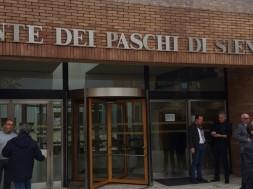 mps-monte-dei-paschi-assemblea-via-mazzini-9