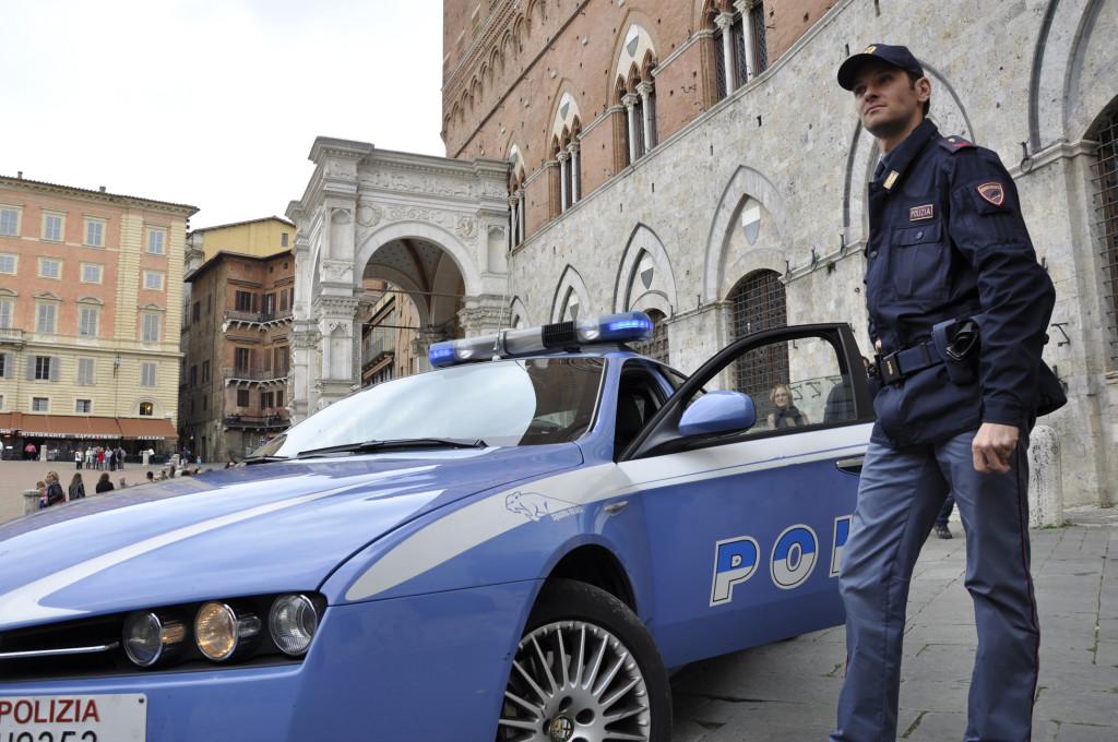 Senegalese Raggira Amante Italiana Per Rinnovare Permesso Di
