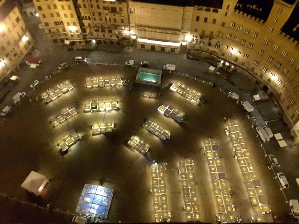 """Il 7 e 8 dicembre torna a Siena il """"Mercato nel Campo"""""""