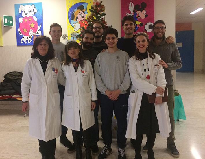 Springtails celebrano il Natale facendo visita al reparto di pediatria