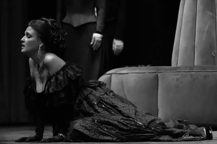 Al Teatro dei Rozzi la grande lirica con Cristina Ferri e Carlo Morini si intreccia alla danza di Irene Stracciati