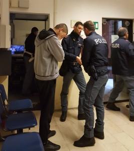 ladro arrestato polizia