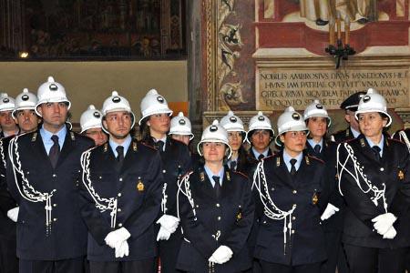 Nuovi segni distintivi per la Polizia Municipale