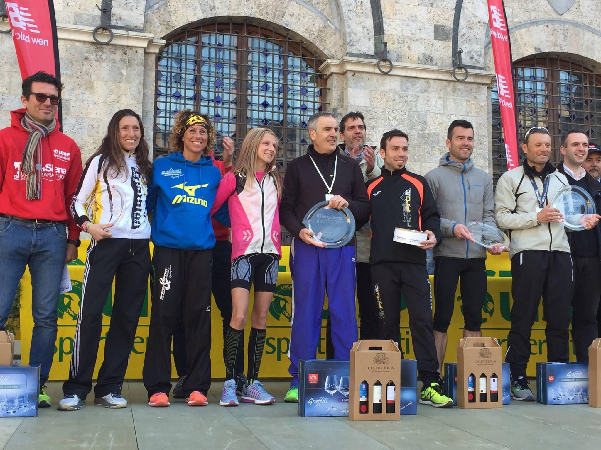 """Si colora di rosa l'edizione 2017 """"Terre di Siena Ultramarathon"""": grande successo di pubblico e di iscritti"""