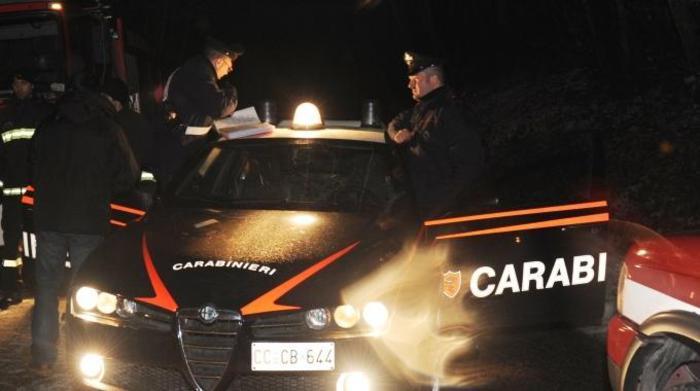 Carabinieri, soccorsa prostituta picchiata e tre denunce per furto e ricettazione