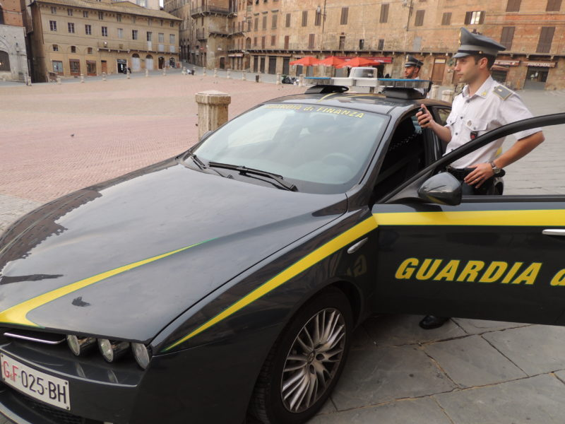 Guardia di Finanza di Siena, sequestrati da inizio 2019 oltre 5mila euro di banconate false
