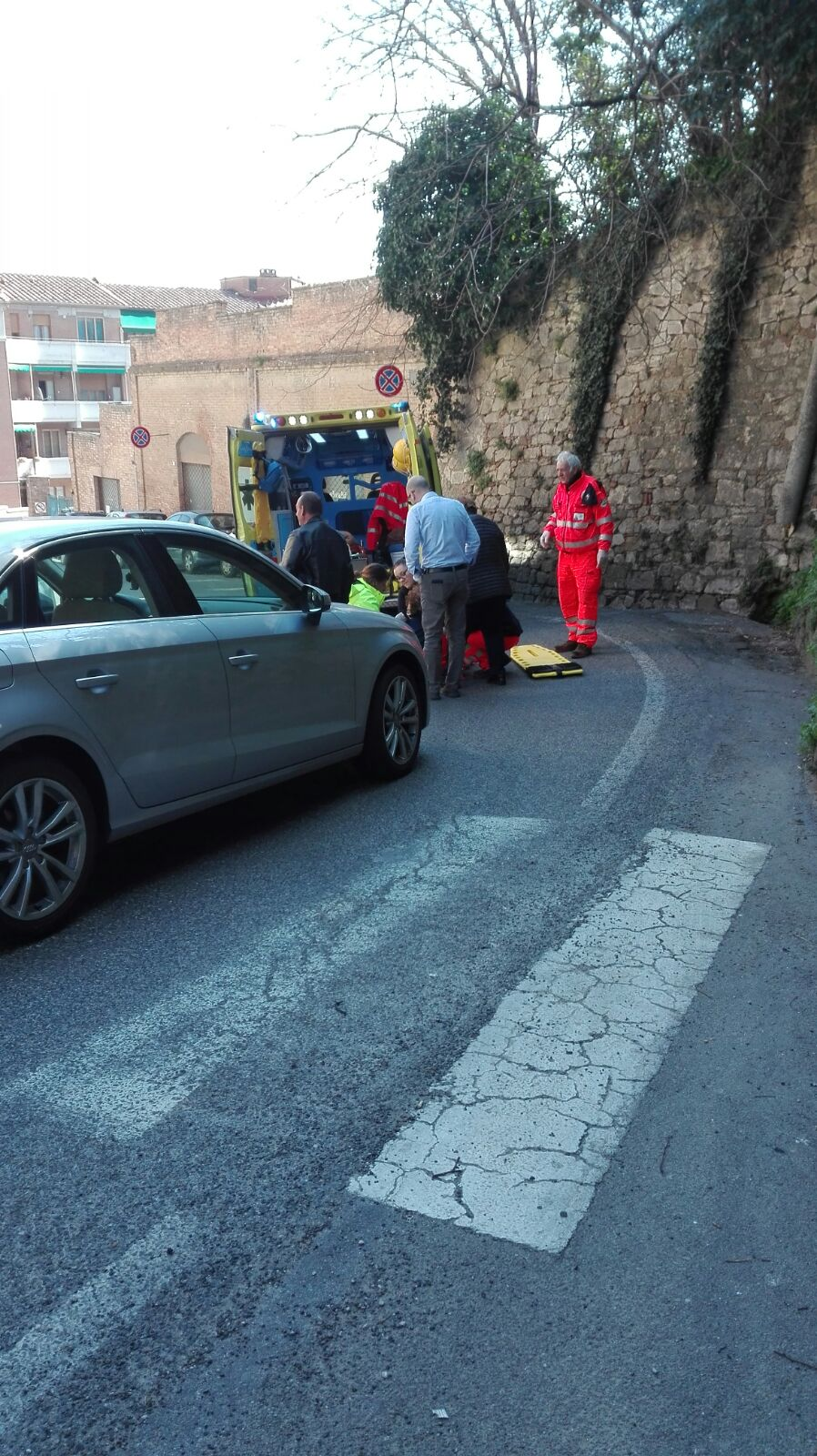 Donna investita in via Beccafumi: un incidente annunciato – LE FOTO