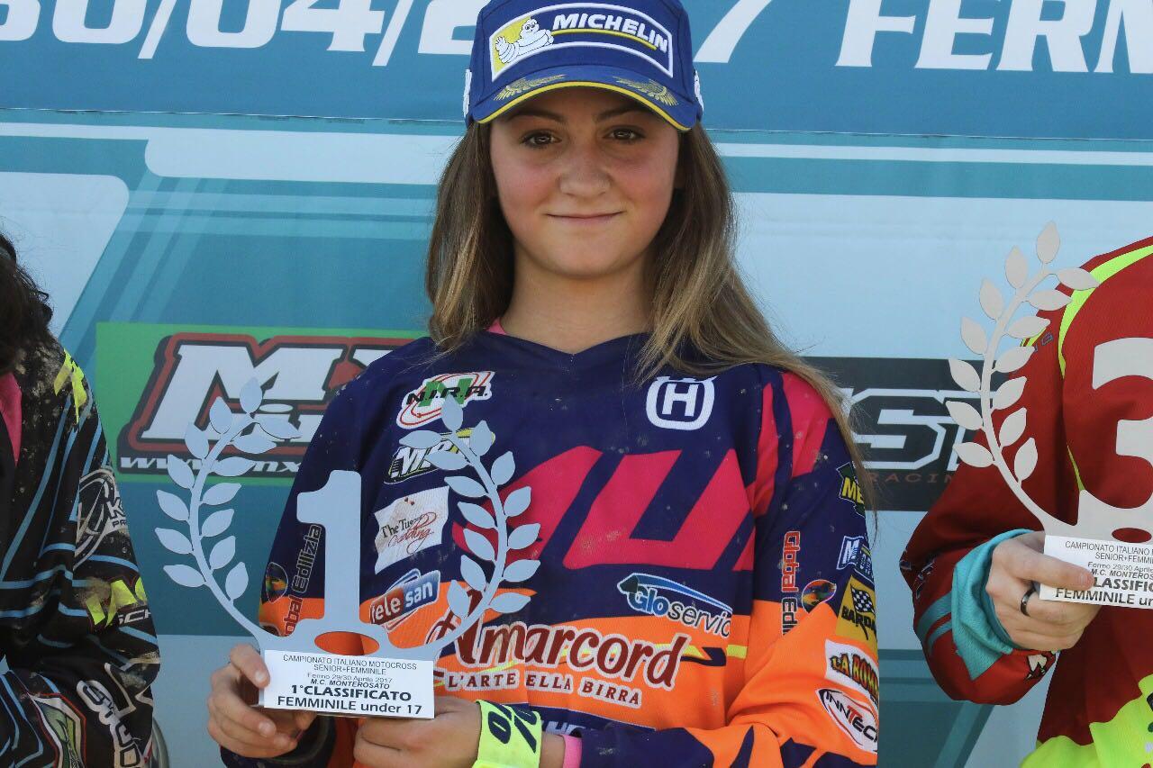 E' la senese Elisa Galvagno, 13 anni, la prima classificata del Campionato italiano femminile Motocross