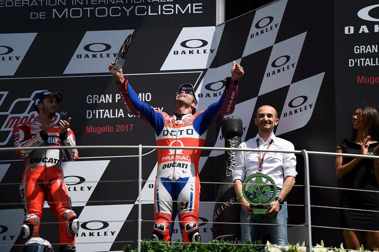 MOTO GP – Pramac Racing in festa per Petrux. Sul podio c'è un pezzo di Siena
