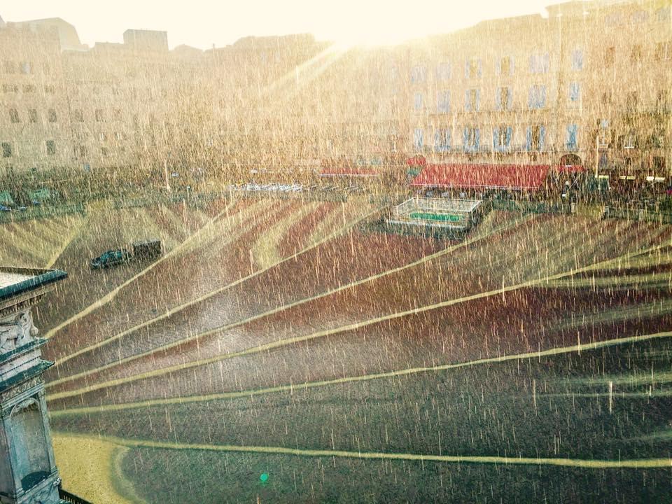 Pioggia e temporali, codice arancione fino alla mezzanotte di oggi