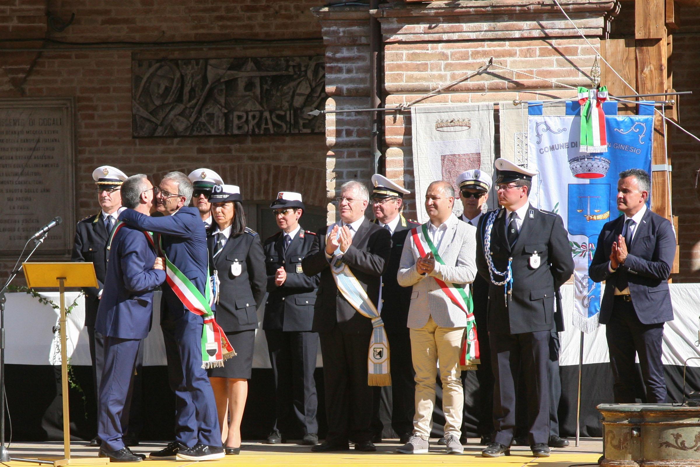 San Ginesio ringrazia il sindaco di Siena