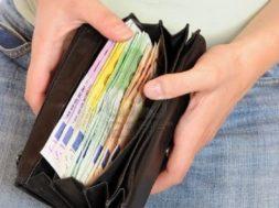 borsello-pieno-di-soldi
