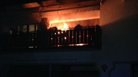 Brucia la casa: carabinieri salvano madre e figli