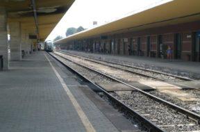 stazione di siena treni