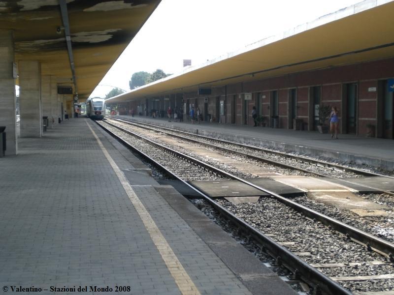 Rissa tra stranieri alla stazione ferroviaria, interviene la Polfer