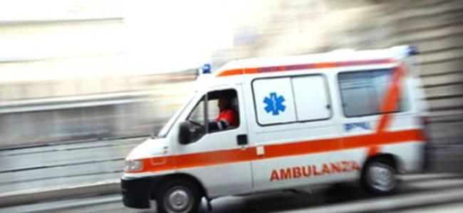 Tamponamento tra auto e mezzo pesante sulla Siena-Bettolle, 2 feriti