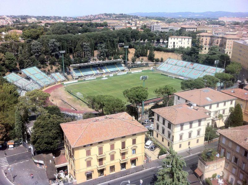 Acn Siena, giornata decisiva: bando per lo stadio, De Falco e l'esterno del 2002