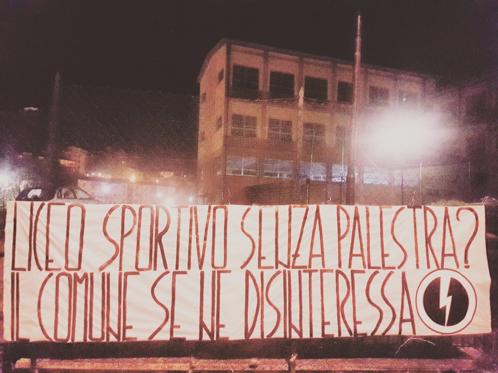 Palestra inagibile, Blocco Studentesco attacca l'assessore