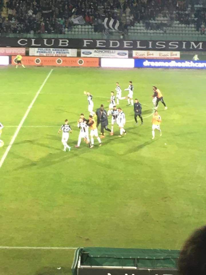 Robur beffata in pieno recupero dal Livorno, il finale è 1-2