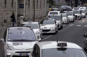 taxisiena