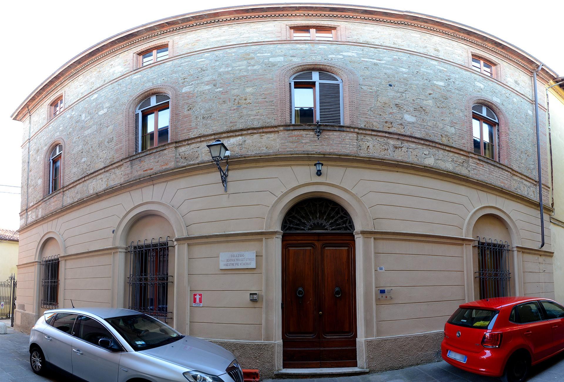 Chiusi, bando pubblico per l'ex Collegio Paolozzi: disponibile una struttura alberghiera