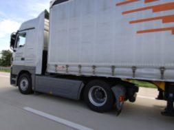 Camion5-300×199-mhi8bf2liw3hv6gdqtvxpi74ckyhk6jm4gqsaerb2o.jpg