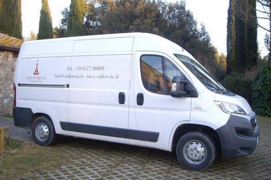 Ritrovato il furgone utilizzato per il maxi furto di Brunello a Col d'Orcia