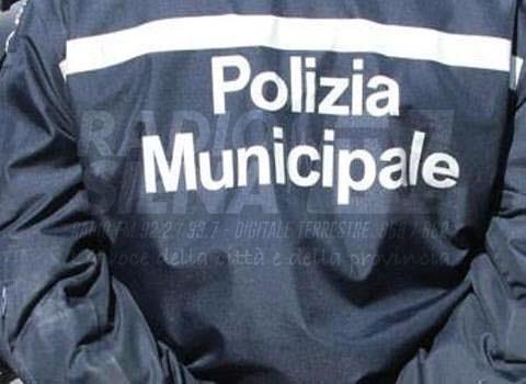 Controlli Polizia Municipale di Siena, 5 persone denunciate oggi