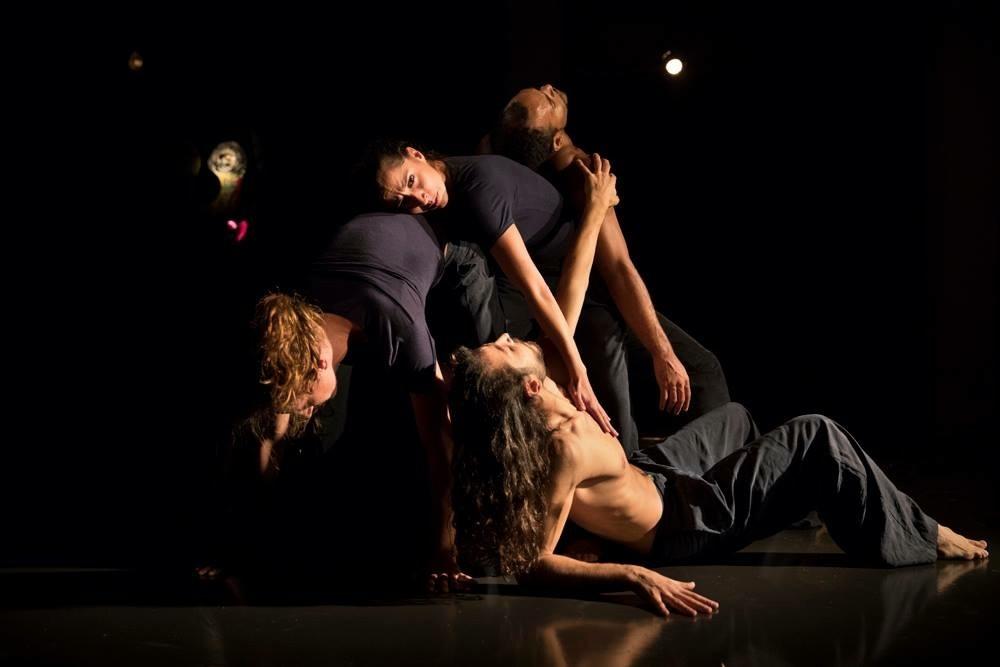 """""""Aperitivi in Danza"""", la Compagnia Motus accompagna la mostra """"Bagatelle"""" di Susanna Bandinelli"""