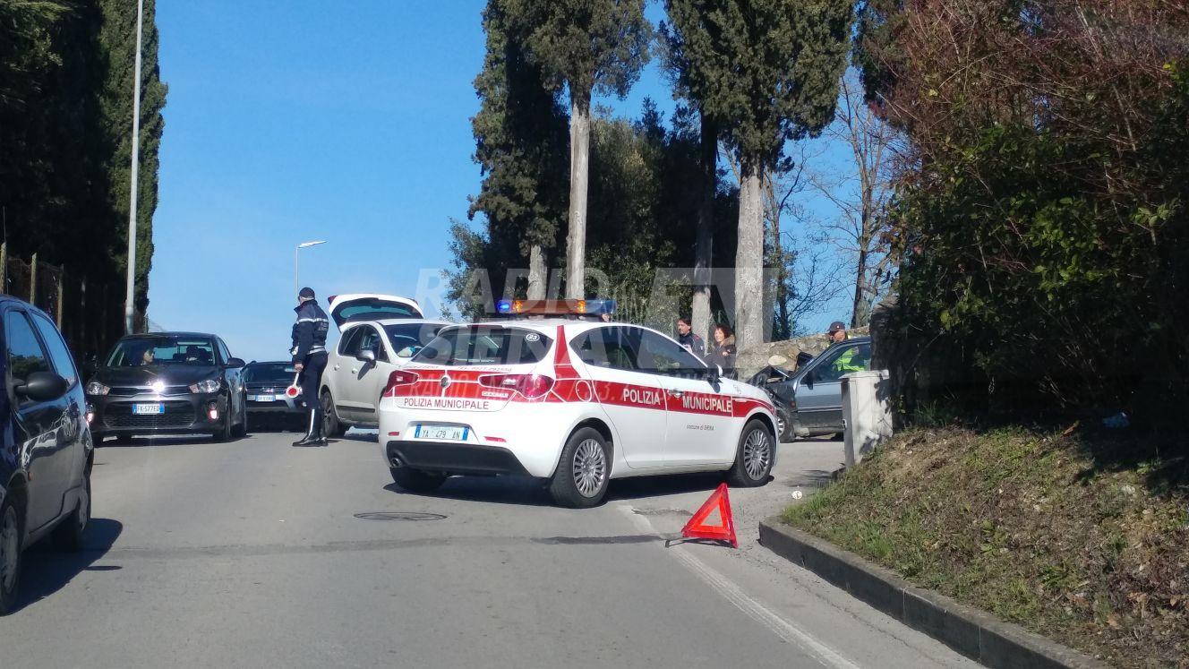 Incidente stradale a Vico Alto