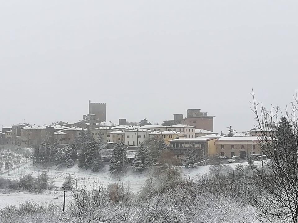 Allerta neve: le scuole chiudono anche a Castellina in Chianti