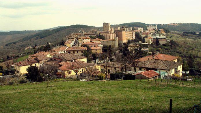 Castellina in Chianti, torna Calici di Stelle: vini, sapori locali, poesia e astronomia