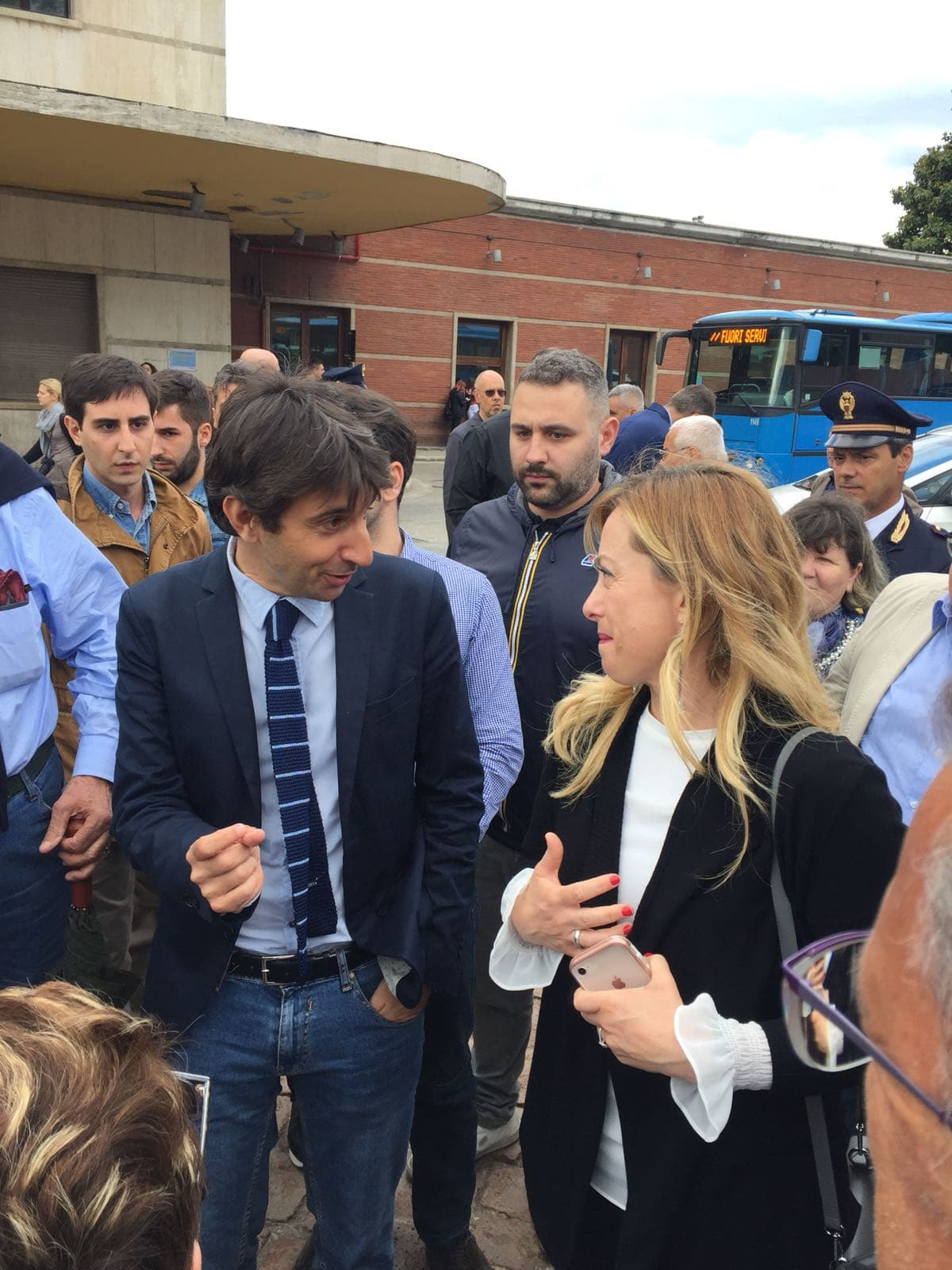 """Stoccata della Meloni ai fuoriusciti del centrodestra: """"Diffidate dalle imitazioni, siamo noi il cambiamento a Siena"""""""