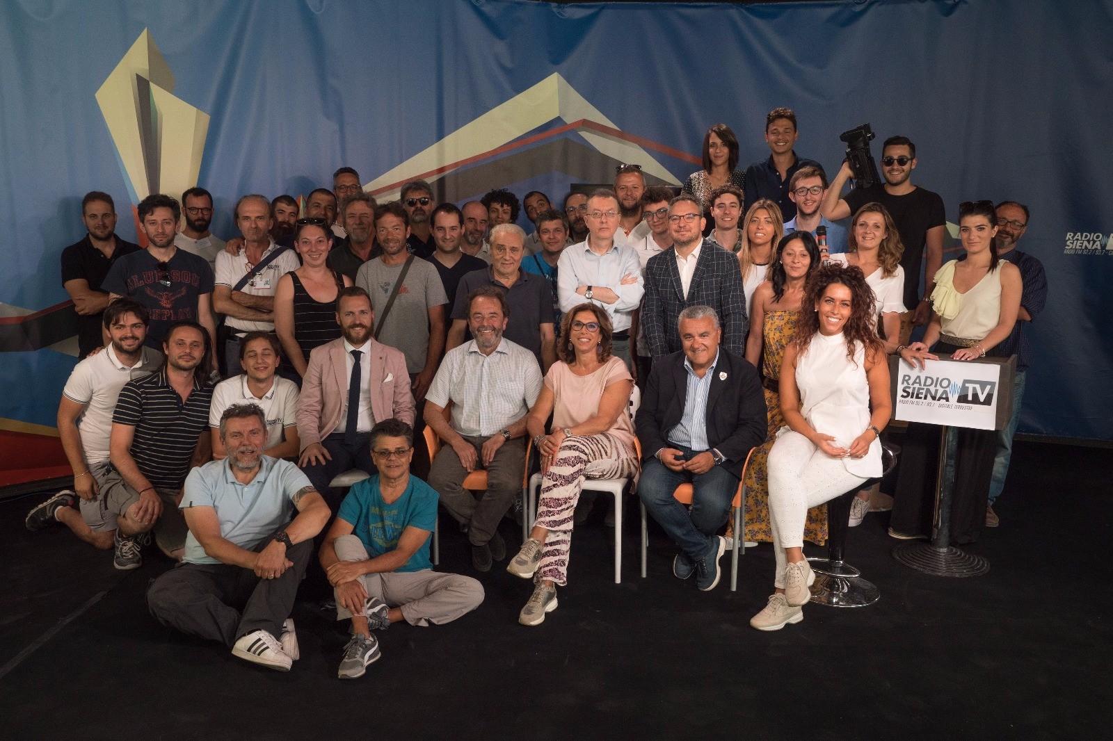 """""""Passione Palio"""", la squadra di RadioSienaTv: grazie a tutti"""
