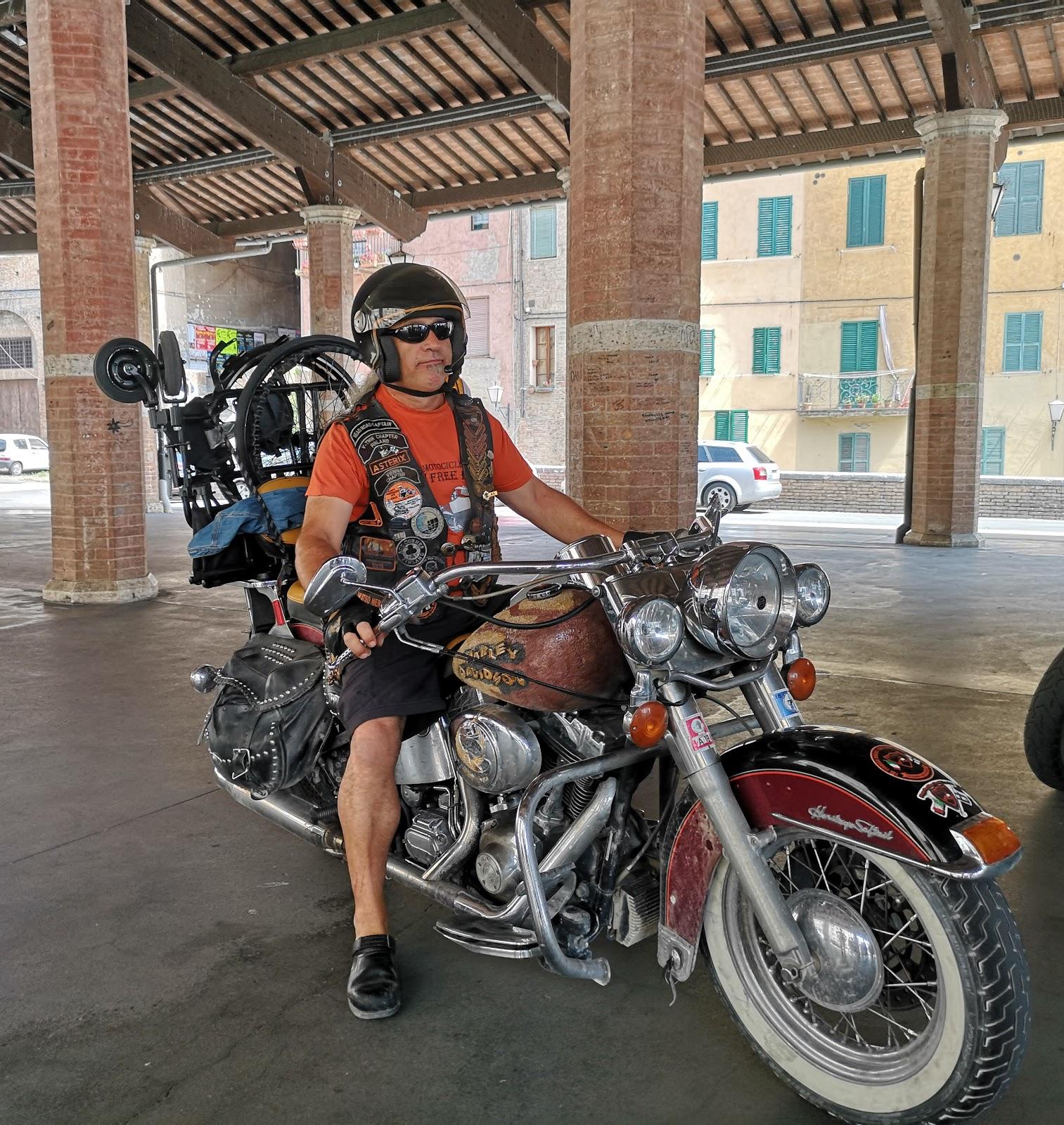 Giornata senese con le Harley per i ragazzi dei campi estivi del Lions Club