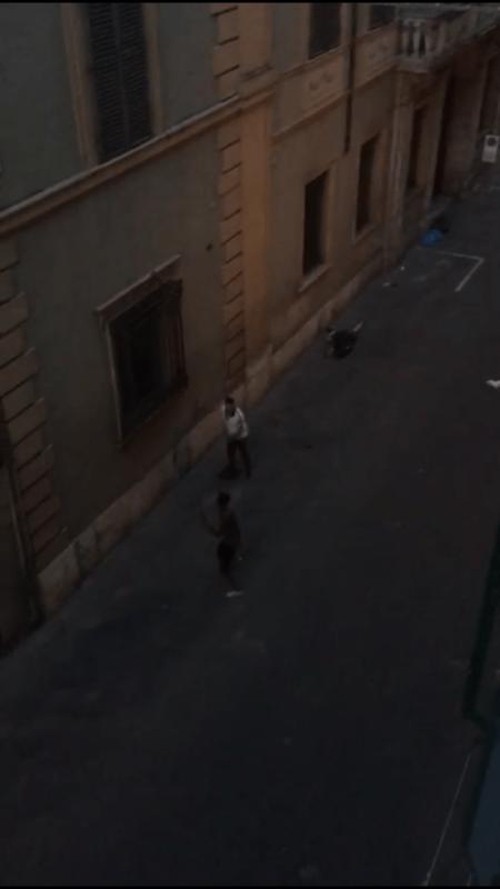 Rissa in via Roma: Polizia individua due uomini, si cerca il terzo