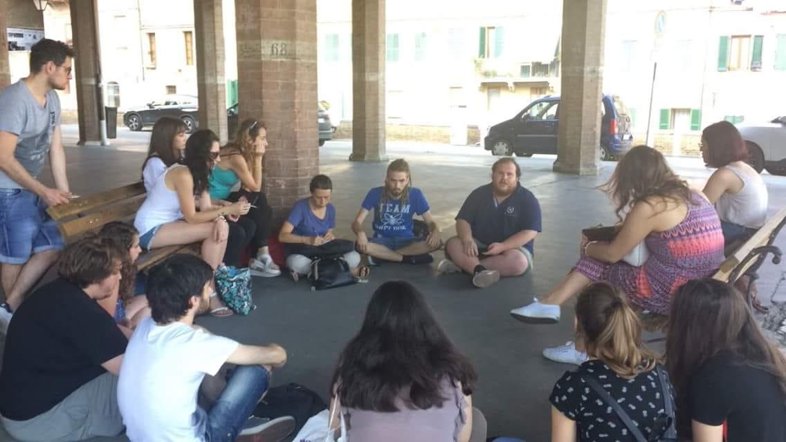 Trasporti, aumento prezzo autobus: gli studenti rispondono all'assessore Ceccarelli